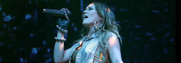 Dignity Tour di Hilary Duff
