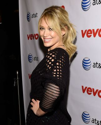 hilaryduff_premiere_all_about_you_new_york_vevo