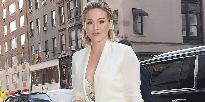 Hilary Duff arriva al Today Show foto e video