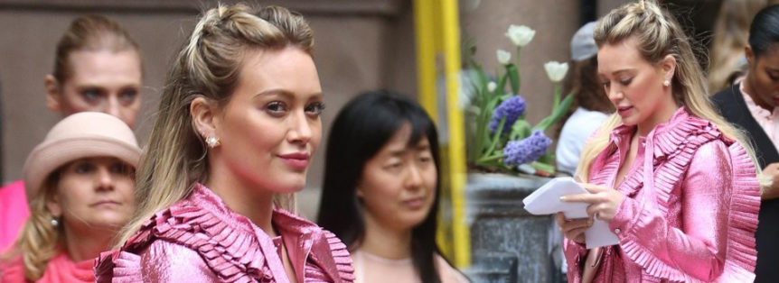 Hilary Duff sul set di Younger NYC stagione_4 17042017 news