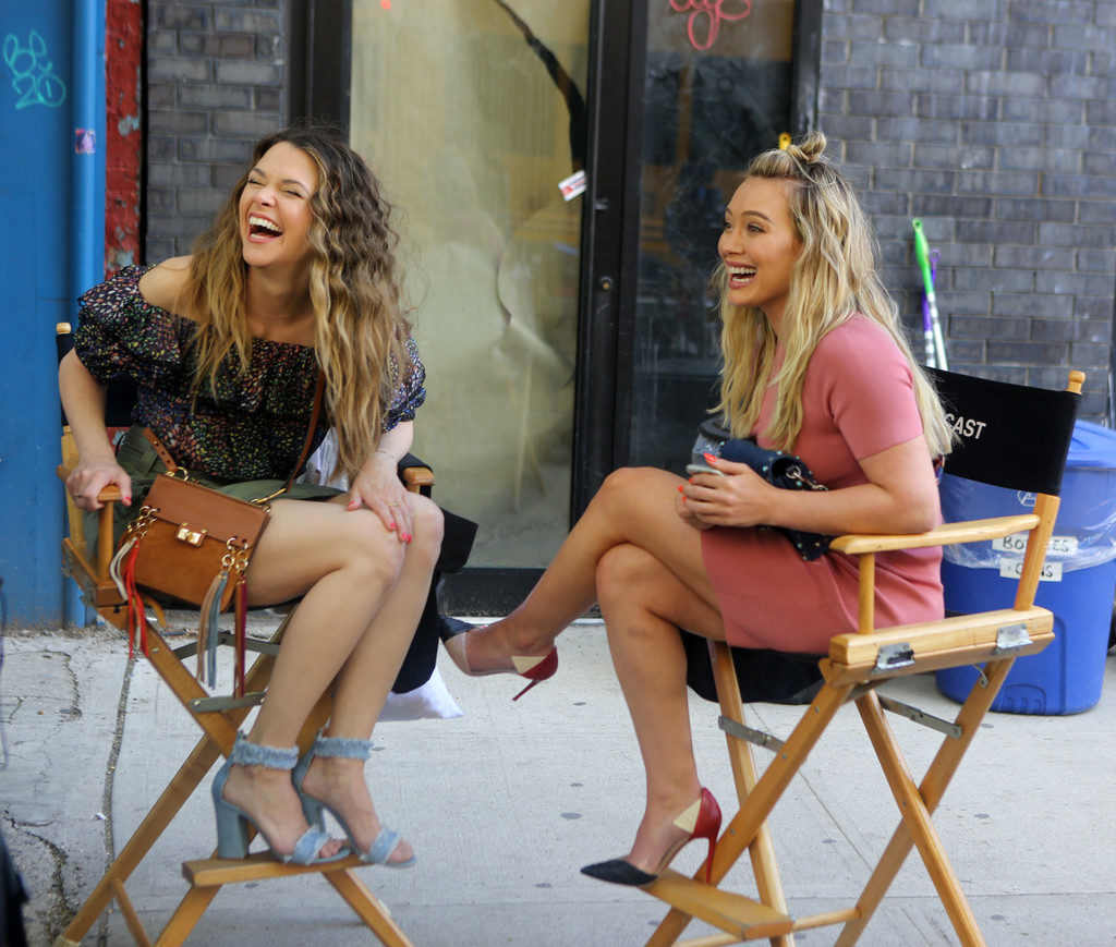 Hilary Duff sul set di Younger NYC stagione 4 sexy 05062017_11